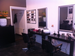 Voor diverse haarbehandelingen ga je naar kapper Eemnes