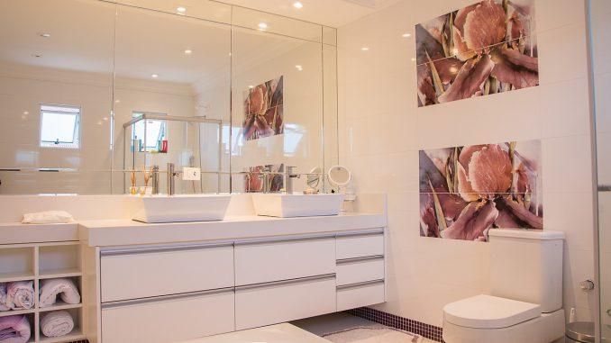 Badkamer Plafond Kunststof : Stap nu ook over en kies kunststof voor je badkamer plafond